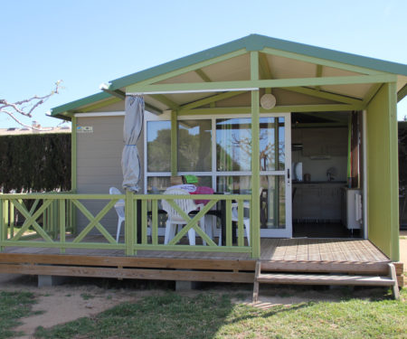 Bungalows en la Costa Brava. Camping familiar
